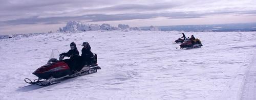 Снегоходный тур 'Покорение уральских вершин'.